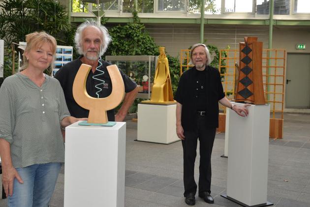 <b>Hellinge-Ausstellung - kuratiert von der Malerin Hildegard Bergmeier </b> Kreishaus Herford 2018